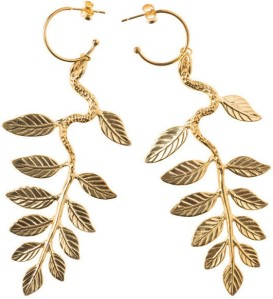 snake-leaf-earring-i-gold-plated-silver-maria-nilsdotter