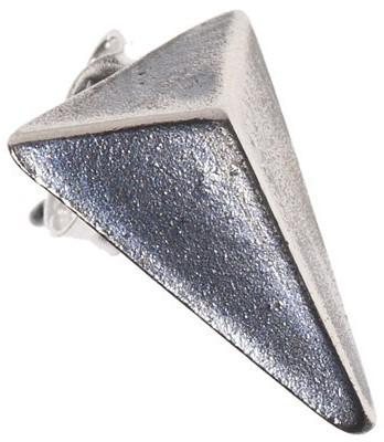 triangle-earring-i-blackened-silver-maria-nilsdotter