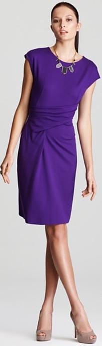 Cap Sleeve Dress i Dark Purple with Wrap Waist Detail från Escada fram