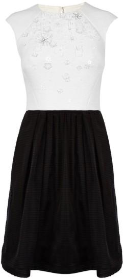 full-skirted-dress-with-floral-applique-karen-millen-fram