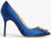 hangisi-pumps-i-blue-satin-manolo-blahnik-sida