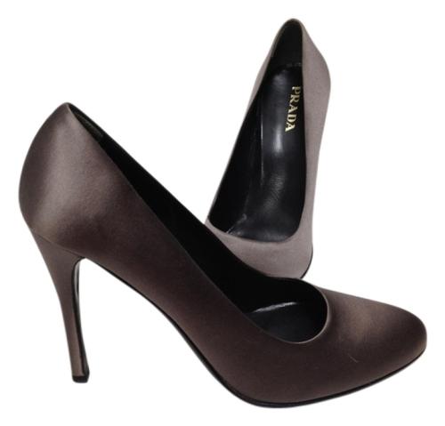 prada-satin-sophisticate-elegant-graypurple-pumps-806425-0-1