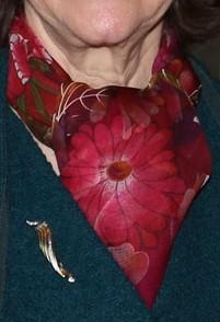 blommig-scarf-roda-bommor-21-januari-2016
