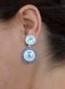 Babyblå runda örhängen