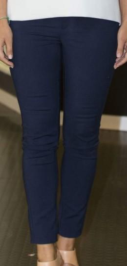Oidentifierade blå jeans Sofia framsida