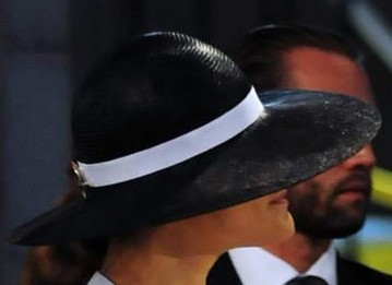 Svart hatt söndag 15 juni 2014