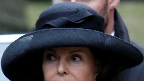 Svart hatt stor