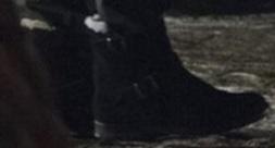 Svarta fodrade skor