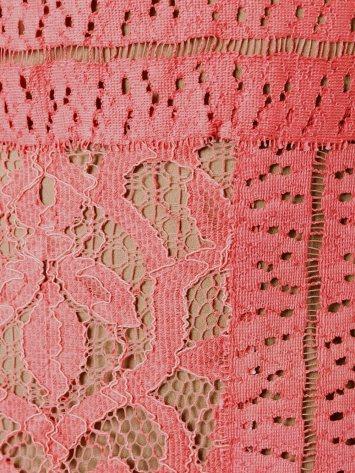 long-sleeve-lace-dress-i-pink-elie-saab-narbild