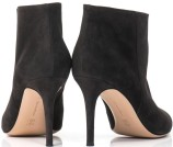 1485-gianvito-rossi-suede-point-toe-ankle-boots-for-women-1