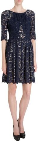 margot-ruched-lace-dress-i-navy-erdem-fram