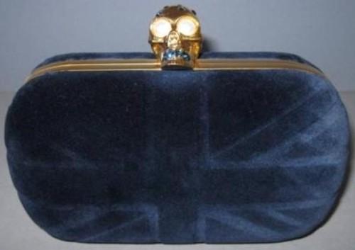 britain-skull-velvet-clutch-i-navy-blue-alexander-mcqueen