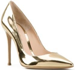 metallic-gold-pumps-gianvito-rossi-fram