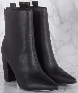 high-loop-boots-i-black-na-kd