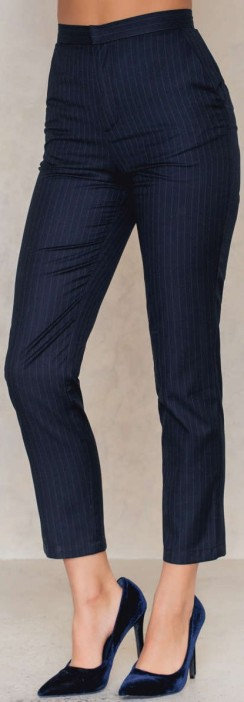 Highwaist Suit Pants i Pinstripe Navy NA-KD